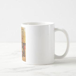 Árbol de navidad y chimenea viejos de la moda tazas de café