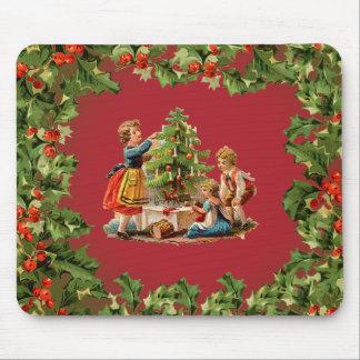 Árbol de navidad y niños del vintage alfombrillas de raton