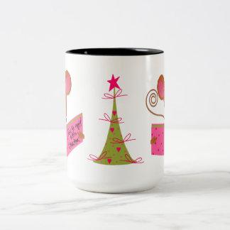 Árbol de navidad y ratón de la lectura taza