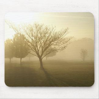 Árbol de niebla de oro Mousepad