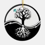 Árbol de Yin Yang del negro y del blanco de la Adorno De Navidad