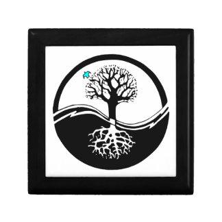 Árbol de Yin Yang del negro y del blanco de la vid Cajas De Regalo