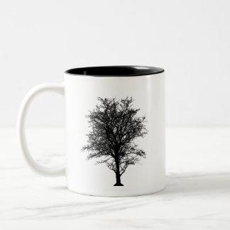 Árbol del cenador taza blanco y negro V2 de 11