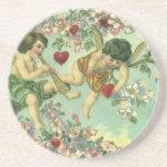 Árbol del corazón de los Cupids del Victorian del Posavaso Para Bebida
