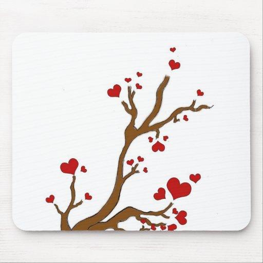 árbol del corazón mouse pads