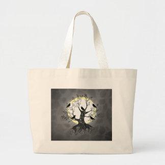Árbol del cuervo con la luna bolsa de mano