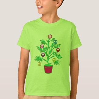 Árbol del día de fiesta del árbol de la paz con playera