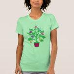 Árbol del día de fiesta del árbol de la paz con sí camiseta