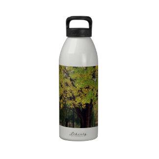 Árbol del Ginkgo en la caída Botella De Agua Reutilizable