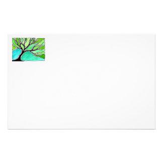 Árbol del invierno en tonos verdes papelería de diseño