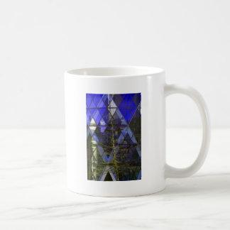 Árbol del invierno, reflexiones del diamante taza