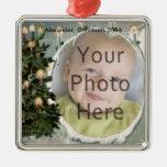 Árbol del invierno y velas de la foto de ornamento adorno para reyes