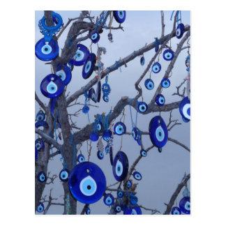 Árbol del mal de ojo, accesorios azules del encant tarjeta postal