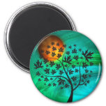Árbol del otoño y luna de cosecha imán redondo 5 cm