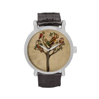 Árbol del reloj de los búhos
