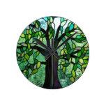 Árbol del reloj de pared del encantamiento