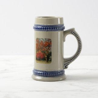 Árbol del sicómoro del otoño taza de café