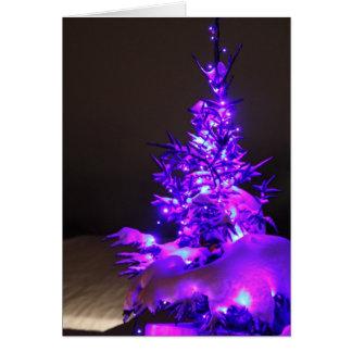 Árbol del Tarjeta-Navidad del saludo en violeta Tarjeta De Felicitación