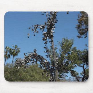 Árbol del zapato de San Diego en el campo de Morle Tapete De Ratones