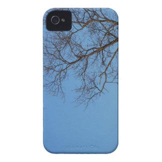 Árbol desnudo iPhone 4 Case-Mate carcasas