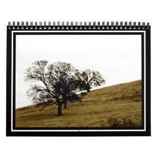Árbol en una ladera calendario