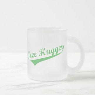 Árbol envejecido Hugger Taza De Café Esmerilada