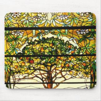 Árbol frutal colorido de Louis Tiffany Alfombrillas De Ratones