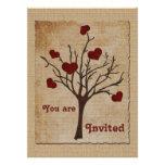 Árbol frutal de color rojo oscuro de los corazones comunicados