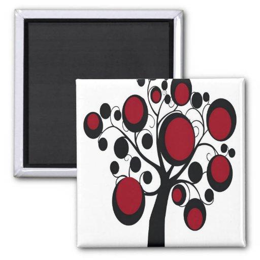 Árbol gótico en rojo imán para frigorífico