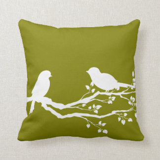 Árbol hermoso del oro del corazón almohada
