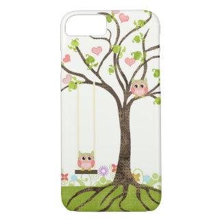 Árbol lindo caprichoso de los búhos de los funda iPhone 7