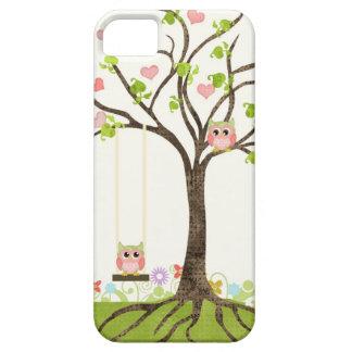 Árbol lindo caprichoso de los búhos de los funda para iPhone SE/5/5s