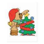 Árbol lindo del ajuste del oso del navidad postal