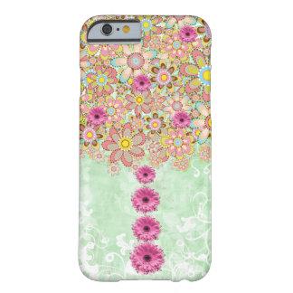 Árbol mágico con las flores rosadas florecientes funda de iPhone 6 barely there
