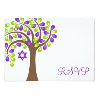 """Árbol moderno del palo verde púrpura Mitzvah RSVP Invitación 3.5"""" X 5"""""""