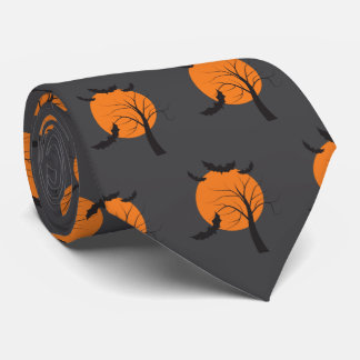 Árbol muerto, luna anaranjada y palos Halloween Corbatas Personalizadas