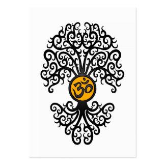 Árbol negro y amarillo de OM de la yoga en blanco Plantillas De Tarjetas De Visita
