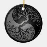 Árbol oscuro de Yin Yang Ornamentos De Reyes Magos