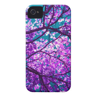 Árbol púrpura II iPhone 4 Case-Mate Funda