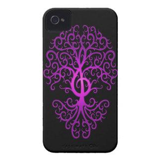Árbol, púrpura y negro del Clef agudo Case-Mate iPhone 4 Protector