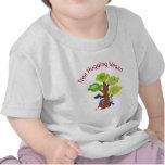 Árbol que abraza al vegano camisetas