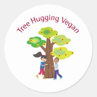 Árbol que abraza el swag del vegano etiqueta redonda