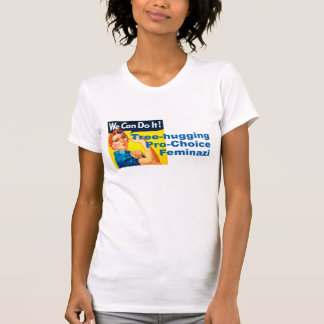 Árbol que abraza Feminazi proabortista Camiseta