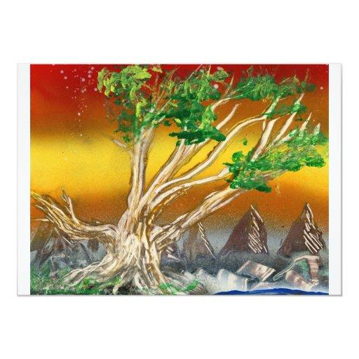 """Árbol que pinta el naranja rojo con las montañas invitación 5"""" x 7"""""""
