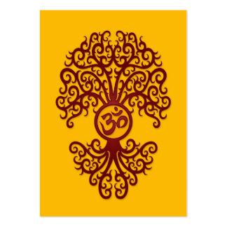 Árbol rojo de OM en amarillo Plantillas De Tarjeta De Negocio