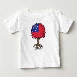 Árbol samoano de la bandera del personalizable de playera de bebé