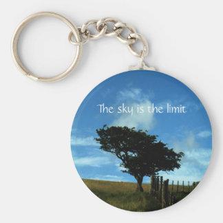 Árbol solitario - el cielo es el llavero del límit