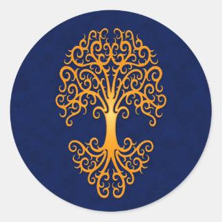 Árbol tribal del azul de oro de la vida pegatina redonda