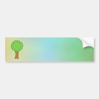 Árbol verde En fondo multicolor Pegatina De Parachoque