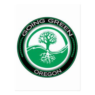 Árbol verde que va Oregon Tarjetas Postales